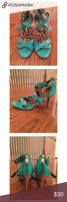 Jessica Simpson Heel Sandal This gorgeous turquoise sandal is simple yet elegant with its gold buckles and zipped back. Make a statement! In very gently used condition. Jessica Simpson Shoes Heels