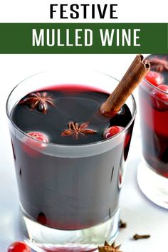 Quick and Easy Mulled Wine Recipe. This drink recipe is filled with red wine, cinnamon, honey and all your favorite winter spices. Ready in under 20 minutes! #drinkrecipes #wine #cocktailrecipes #holidayrecipes #christmasrecipes Christmas Cocktails, Fun Cocktails, Cocktail Drinks, Cocktail Recipes, Cocktail Ideas, Dry Red Wine, Mulled Wine, Non Alcoholic Drinks, Beverages