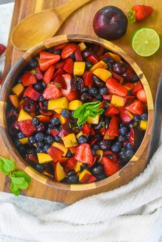 Combine luscious stone fruits and fresh, juicy berries in a light dressing to make this summer fruit salad with in season fruit for your next cookout or brunch. Learn how to make fruit salad and fruit salad dressing with this summer fruit recipe by Dash of Jazz #dashofjazzblog #summerfruitsalad #summerfruitdesserts New Recipes, Summer Recipes, Drink Recipes, Dessert Recipes, Dressing For Fruit Salad, Summer Salads With Fruit, Fruit Salad Recipes, Stone Fruit, Good Food