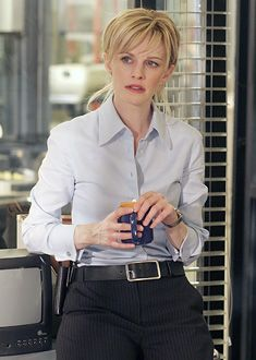 Kathryn Morris Cold Case From Canadian Actresses, Hot Actresses, Cold Case Tv Show, Kathryn Morris, 80 Tv Shows, White Shirts Women, Marlon Brando, Tv Guide, Celebs