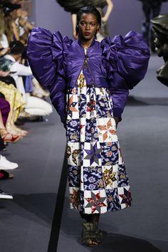 Viktor & Rolf Fall 2017 Couture Fashion Show - Kai Newman (Elite)