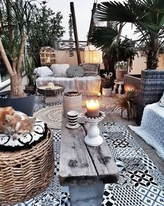 Lanai, Black white and natural wicker, tans. You are in the right place about bohemian garden Here we offer you the most beautiful pictures about the bohemian aesthetic you are looking for. When you examine the Lanai, Black white and… Continue Reading → Outdoor Rooms, Outdoor Living, Outdoor Furniture Sets, Outdoor Decor, Outdoor Ideas, Patio Ideas, Outdoor Balcony, Rooftop Garden, Patio Gardens