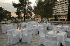 Casino restaurant Hotel Spa, Restaurant, Entertaining, Table Decorations, Luxury, Home Decor, Homemade Home Decor, Diner Restaurant, Restaurants