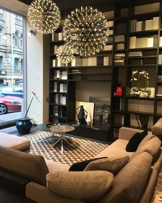 Raimond bt Raimond Puts via Moooi   www.moooi.com   #lighting #light #suspended #design #interior