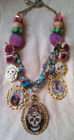 Collar de calaveras#diseñado por Deseos Divinos#Guadalajara