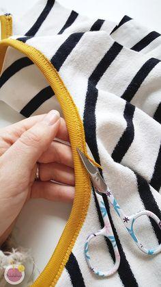 Tämän viikon VinkkiSunnuntaina ajattelin jakaa vinkkini kaksoisneulalla ompeluun. Jos ei ole vielä tarpeeksi intoa