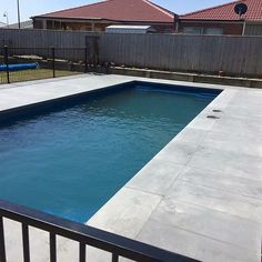 W A R R N A M B O O L || sawn bluestone laid by @clear_edge_landscapes around this fibreglass pool for a lovely client from Warrnambool. We deliver all around Australia!! Hit us up at geelong@betterbricks.com.au or on (03) 5248 6355. Bluestone by us laid by @clear_edge_landscapes #bluestone #landscaping #geelong #warrnambool #bellarine #paving #pool #summer2016 #quality #bbp #bbpmoolap #bbptorquay #geelongcreatives #madeingtown #architecture #design #landscapedesign #dropface #coper #coping…