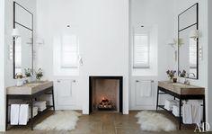 ohhhhh - symmetry AND a fireplace...... fabulous!