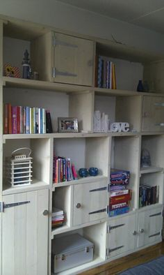 like the doors.  I would have it all with doors and no clutter showing