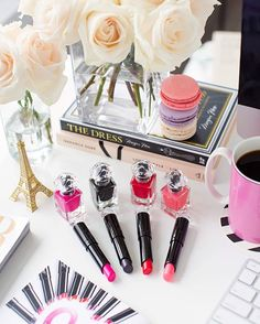 Excited to be teaming up with @guerlainbeauty_northamerica for a glamours opportunity for you and your most fashionable bestie! #dressupyourstyle Details below... The Prize // One nail polish with top & base coat, one fragrance & one lipsticks for you and your bestie.  To Enter // Like this photo, follow @guerlainbeauty_northamerica & tag your fashionable friend!  Goodluck lovelies!