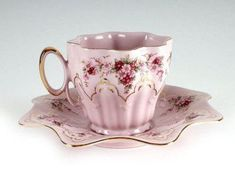 A Beautiful Repulic Rosa Pink Porcelain Teacup and Saucer 24 Gold tone accents and pink coloring with floral patterns Vintage Cups, Vintage Tea, Teapots And Cups, Teacups, Cuppa Tea, China Tea Cups, My Cup Of Tea, Tea Service, Tea Cup Saucer