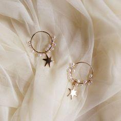 Heart Shaped Diamond Stud Earrings, Raw Diamond and Gold Fill Jewelry, Aries Zodiac Birthday Gift, April Birthstone Earrings, Rough Gems - Fine Jewelry Ideas Ear Jewelry, Dainty Jewelry, Cute Jewelry, Jewelry Box, Jewelry Accessories, Fashion Accessories, Women Jewelry, Jewlery, Jewelry Ideas