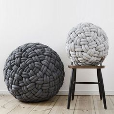 "The German designer Sasha Fefelova imagined Series poufs ""Knotty"" small foundations consist of a padded cushion and wearing a second skin jersey braided tubes ...."