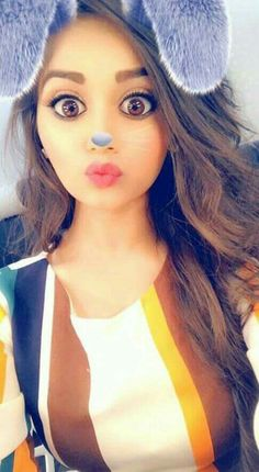 Teen Girl Poses, Cute Girl Poses, Girl Photo Poses, Girl Photos, Cute Girls, Cute Love Couple, Cute Girl Photo, Beautiful Blonde Girl, Beautiful Girl Indian