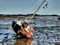 Un bateau, la baie, le soleil... France, Photos, Brittany, Sun, Pictures, Photographs, French, Cake Smash Pictures