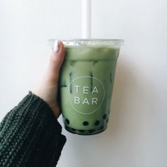 Tea Bar matcha boba milk teas are most definitely one of the best Bubble Tea Supplies, Boba Drink, Bubble Milk Tea, Aesthetic Food, Aesthetic Collage, Matcha Green Tea, Cute Food, Yummy Drinks, Drinking Tea