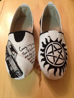 Supernatural Shoes ♡_♡ oh my god