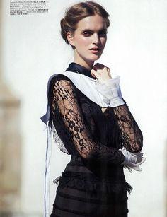 Monastik Erotizm (Vogue Turkey)