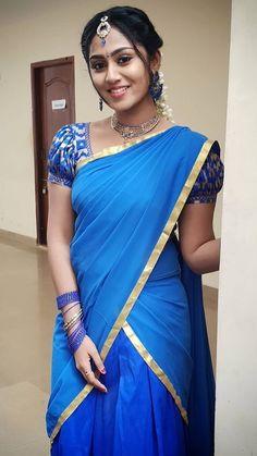 Beautiful Girl Photo, Beautiful Girl Indian, Most Beautiful Indian Actress, Beautiful Saree, Beautiful Roses, Indian Girl Bikini, Indian Girls, Indian Wife, Indian Ethnic