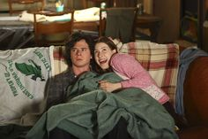 axl & sue heck the middle The Middle Sue, The Middle Series, The Middle Tv Show, Charlie Mcdermott, Series Movies, Tv Series, Tv Show Quotes, Rich Kids, Friends Tv