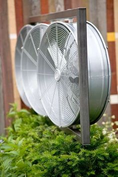 Consider high-velocity blower fans. | 32 Totally Ingenious Ideas For An Outdoor Wedding