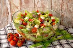 Sprawdź to, zjedz to! Fruit Salad, Guacamole, Ethnic Recipes, Lumberjacks, Grill, Camping, Salads, Campsite, Fruit Salads