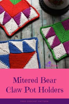 Mitered Bear Claw Pot Holder - Free crochet pattern Double layered pot holders using the Tunisian mitered square to create the bear paw block. Crochet Potholders, Crochet Quilt, Crochet Home, Crochet Motif, Free Crochet, Crochet Afghans, Tunisian Crochet Patterns, Knit Patterns, Mitered Square