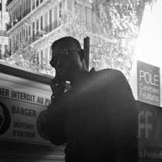 #marseille #biancoenero #blackandwhitephotography #blackandwhite #streetphotography #streetphoto  #bnw #igersbnw #marseillerebelle #massalia #instamarseille #planetemars #laviesurmars #marseillecartepostale #choosemarseille #marseille_focus_on #bnw_marseillecity