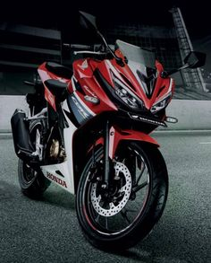 2016 Honda CBR 150R launched in Indonesia; India launch soon https://blog.gaadikey.com/2016-honda-cbr-150r-launched-in-indonesia-india-launch-soon/