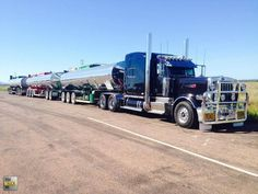 Pete 379 pulling a tanker road train. Train Truck, Road Train, Peterbilt 379, Peterbilt Trucks, Big Rig Trucks, Dump Trucks, Western Star Trucks, Scania V8, Terrain Vehicle