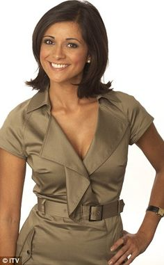 images of lucy verasamy hair styles Weather Girl Lucy, Hottest Weather Girls, British Celebrities, Tv Girls, Love Lucy, Tv Presenters, Pretty Woman, Gorgeous Women, Beauty Women