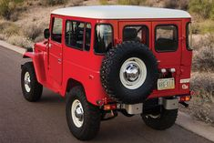 1978 Toyota Land Cruiser FJ40 Maintenance/restoration of old/vintage vehicles: the material for new cogs/casters/gears/pads could be cast polyamide which I (Cast polyamide) can produce. My contact: tatjana.alic@windowslive.com