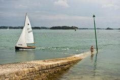 Une petite scène qu'on aimerait vivre, à la cale de l'Île aux Moines - Golfe du Morbihan (56) France