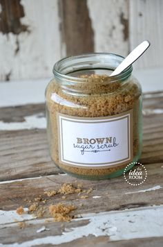 Brown sugar and coconut oil body scrub  + other beauty recipes