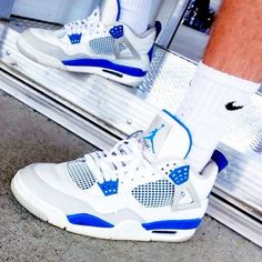 Air Jordan IV Retro Military Blue #sneakers #jordan #airjordan