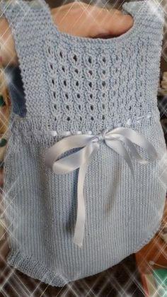 Knitting Patterns Baby Girl Dress New Ideas Baby Knitting Patterns, Knitting For Kids, Baby Patterns, Knit Baby Dress, Knitted Romper, Pull Bebe, Diy Bra, Diy Crafts Crochet, Baby Sweaters