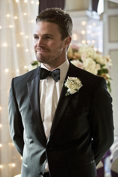 Stephen Amell Pictures on Arrow | POPSUGAR Entertainment