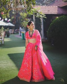 Neon is a trend that's back with a bang, and you see every influencer out there rocking neon outfits and how! The same goes for trendy brides as well, who are taking the trend to the next level with b. Lehenga Dupatta, Pink Lehenga, Sabyasachi, Bridal Lehenga, Silk Dupatta, Saree, Anarkali Gown, Neon Outfits, Different Shades Of Pink