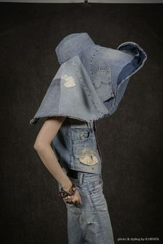 Patchwork denim, hat made from jeans, denim hat, all denim outfit All Jeans, Love Jeans, Patchwork Jeans, Denim Ideas, Denim Fashion, Parisian Fashion, Bohemian Fashion, Fashion Clothes, Fashion Fashion