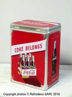 Boîte Coca-Cola Coke Belongs MM, déco vintage, Nostalgic Art Coca Cola, Nostalgic Art, Coke, Coffee Cans, Creations, Canning, Deco, Vintage, Kitchens