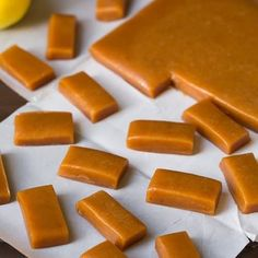 Apple Cider Caramels - Cooking Classy These look delicious Caramel Apple Cider Recipe, Homemade Apple Cider, Spiced Apple Cider, Caramel Recipes, Candy Recipes, Apple Recipes, Fall Recipes, Holiday Recipes, Top Recipes