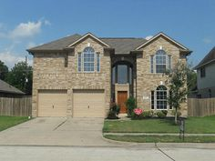 Large 2 storey beautiful brick home in Fresno, #Texas