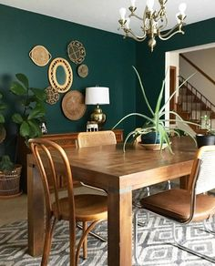 Dining room console This wall color! Looks good with the furniture; it makes the room. - furnishing ideas Dining room console This wall color! Looks good with the furniture; it makes the room. Decor, Dining Room Paint Colors, Dining Room Decor Rustic, Rustic Dining Room, Dining Room Walls, Green Dining Room, Dining Room Console, Rustic Dining, Home Decor
