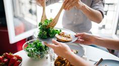 ¿Cómo evitar alimentos perjudiciales para tu dieta? Planifica. ¡Nosotros te vamos a ayudar, sin perder tiempo ni pasar hambre!