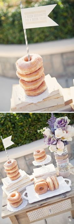 Cute idea for a brunch decoration! Works great with a bagel bar for a brunch par… Cute idea for a brunch decoration! Works great with a bagel bar for a brunch party. Sunday Brunch Buffet, Brunch Bar, Brunch Decor, Champagne Brunch, Bagel Bar, Birthday Brunch, Easter Brunch, Donut Party, Party Party