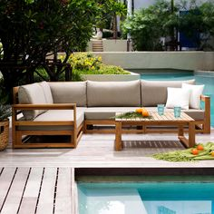 An amazing space in the garden to enjoy time with your friends! Acacia wooden sofa set TIMOR is elegant, simple in its form, natural and amazingly comfortable. Check Beliani UK shop! #woodensofa