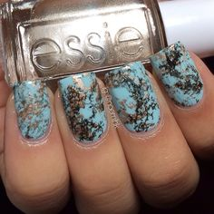 stone marble nails used essie: Mint candy apple as base and licorice and good as gold for marbling effect.
