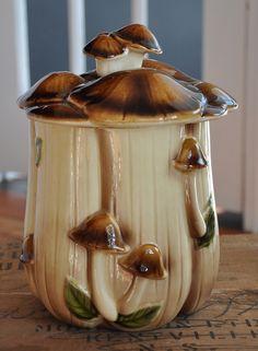 '70s Mushroom Cookie Jar