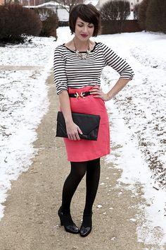 Sunday Crossbow - J. Crew Pink Pencil Skirt, H&M Bird Belt - Make a statement Pretty Outfits, Cute Outfits, Work Outfits, Spring Outfits, Pink Pencil Skirt, Work Fashion, Fashion Fall, Style Fashion, Fashion Ideas