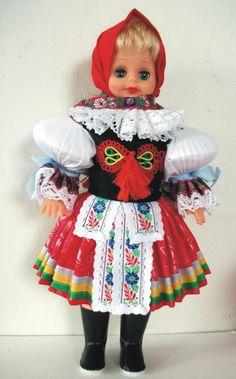 Panenky - 45 cm - mrkací | Vlčnov-šátek - 45cm | Krojované panenky